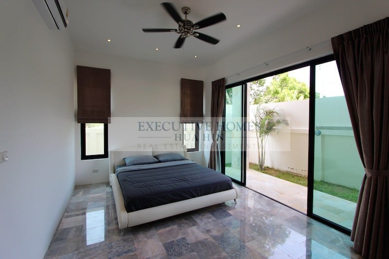 Central Hua Hin Home For Sale | Hua Hin Real Estate & Property Listings For Sale & Rent | Hua Hin Real Estate Agents | Hua Hin Estate Listings For Sale & Rent