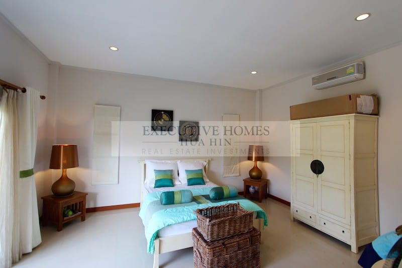 Large Western Style Home For Sale In Hua Hin 17