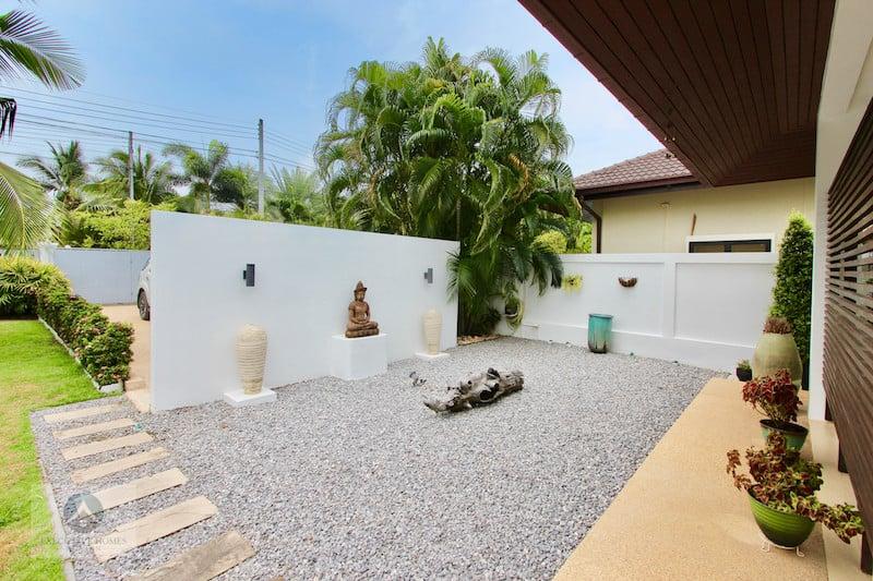 3 Hua Hin Bed Pool Villa For Sale | Hua Hin Real Estate Sales & Rentals | Homes For Sale In Hua Hin | Hua Hin Houses For Sale | Hua Hin Real Estate Agents | Hua Hin Property Agents