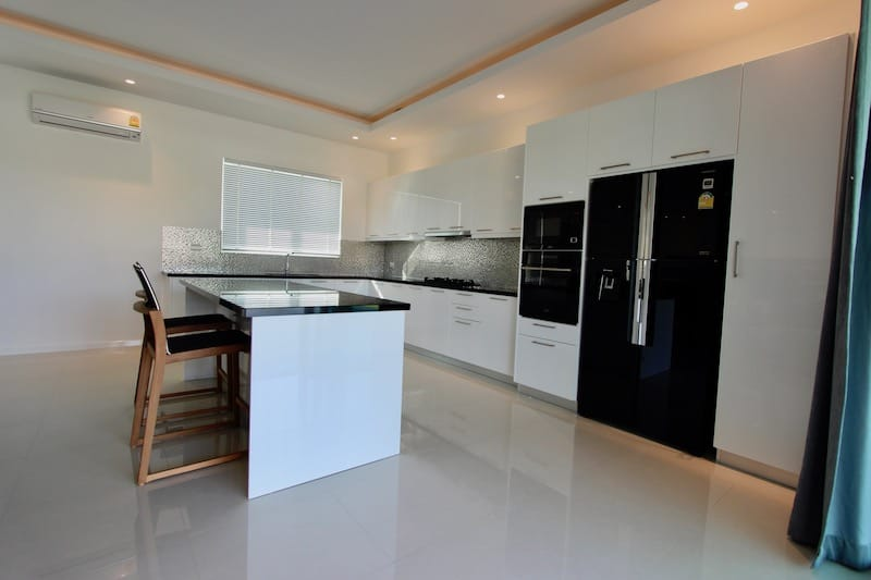 PRANBURI PROPERTY FOR SALE HIGH QUALITY HOME | 3 BED