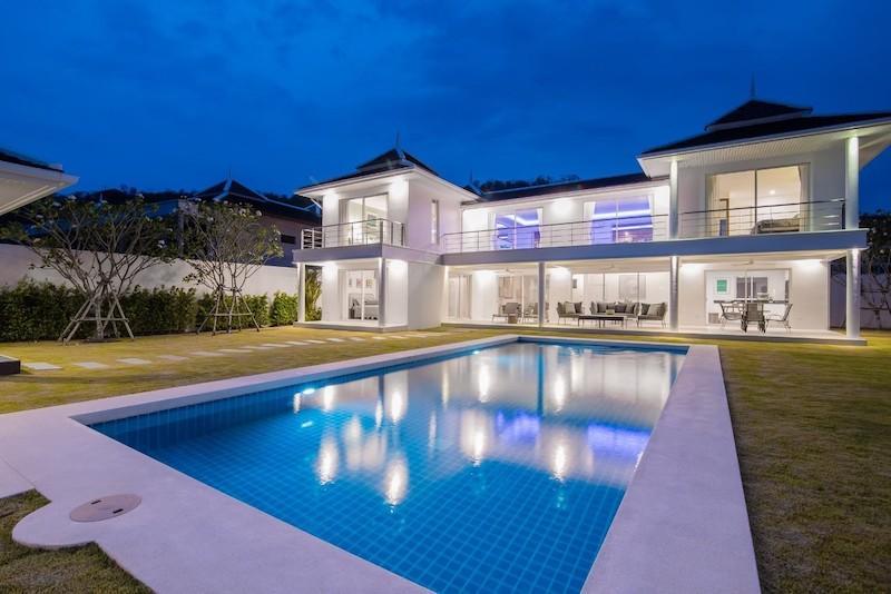 Hua Hin Modern Pool Villa for Rent