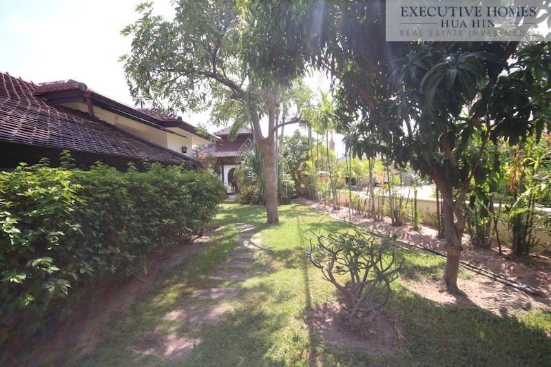 Luxury Bali Style Pool Villa for Sale Hua Hin
